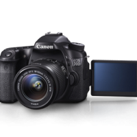 Canon EOS 70D Kit EF-S18-135 IS STM